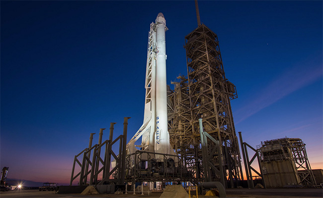 A 13 segundos del despegue, detienen lanzamiento de cohete de SpaceX