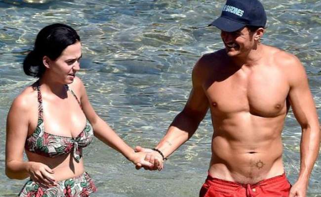 Katy Perry se luce con espectacular regalo a Orlando Bloom