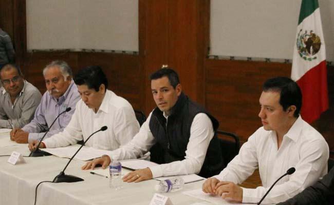 Condena Gobernador Murat homicidio de edil de Ocotlán
