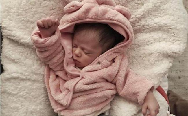 Mira cuánto ha crecido la bebé de Zuria Vega y Alberto Guerra