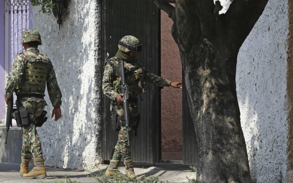 Tres muertos deja enfrentamiento entre marinos y comando en Tonalá
