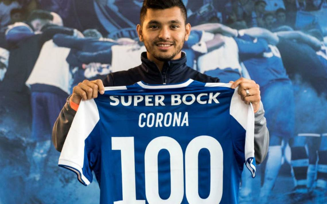 Jesús Corona festeja 100 partidos con el Porto