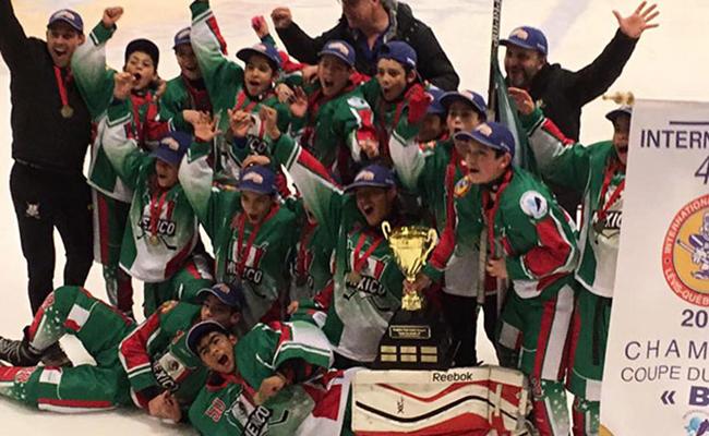 México gana a Canadá y es campeón de hockey sobre hielo