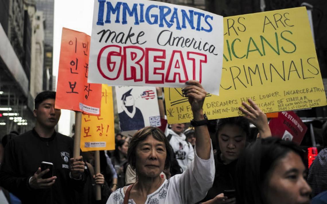 Texas y otros seis estados interponen nueva demanda para terminar DACA