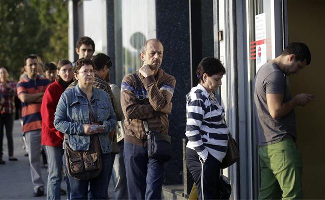 Subsidios por desempleo en Estados Unidos se ubican en su nivel más bajo desde 1973