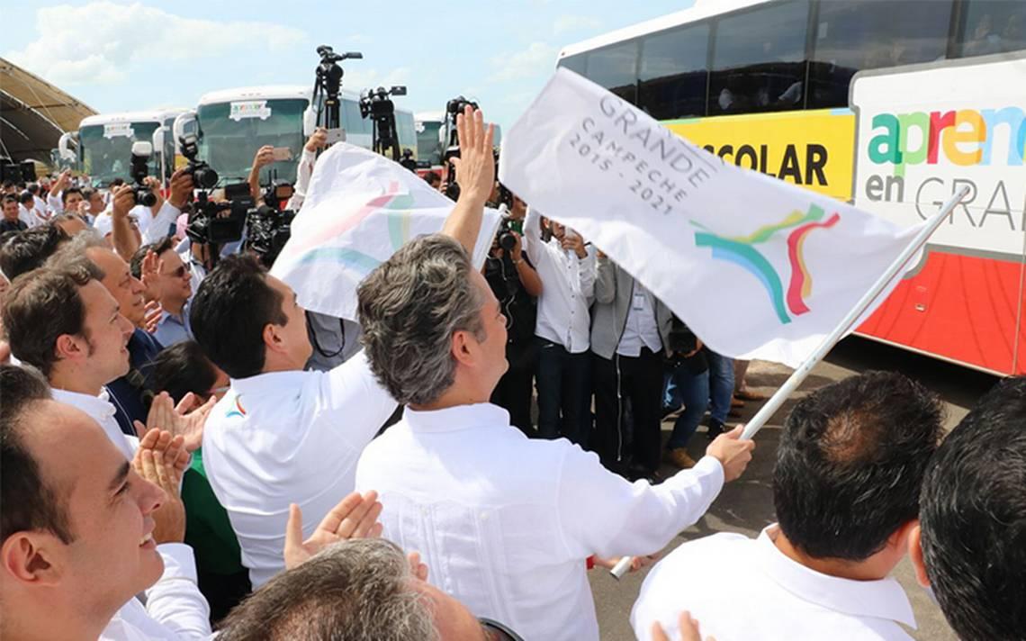 SEP inaugura proyecto de transporte escolar gratuito en Campeche