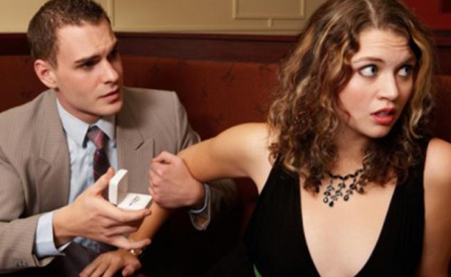 ¿Miedo al compromiso? Aseguran que jóvenes no quieren relaciones estables