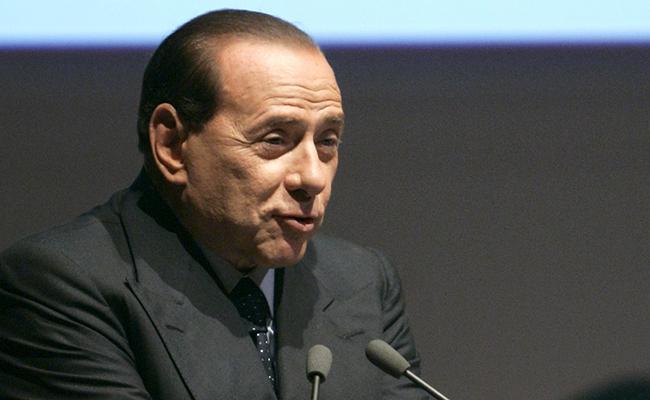 Juzgarán a Silvio Berlusconi por sobornos a testigos en caso de sexo con menor en Italia
