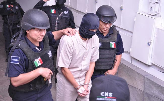 Trasladan a hospital a Mario Aburto, asesino de Colosio