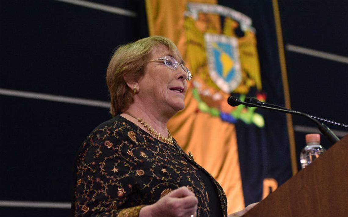 Democracia y derechos humanos se defienden en lo cotidiano: Bachelet