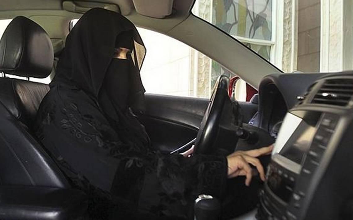 ¡A toda velocidad! Arabia Saudita permitirá a las mujeres conducir