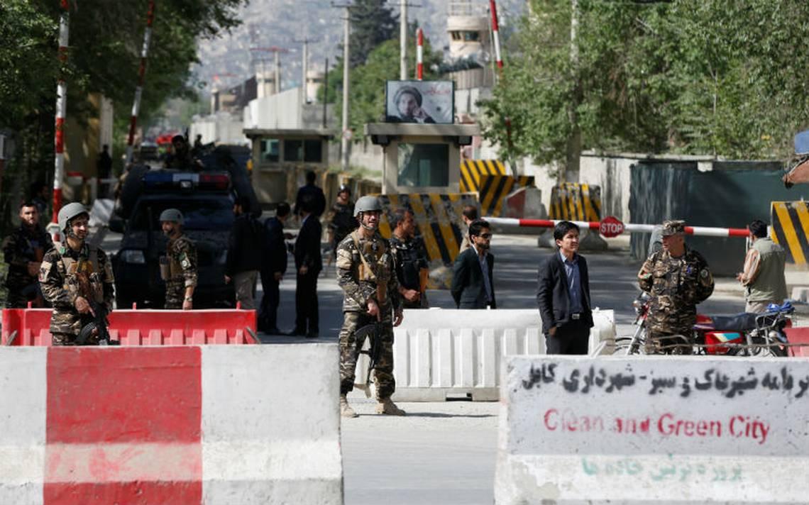 Bombas consecutivas matan a 25 personas en Kabul, entre ellos nueve periodistas