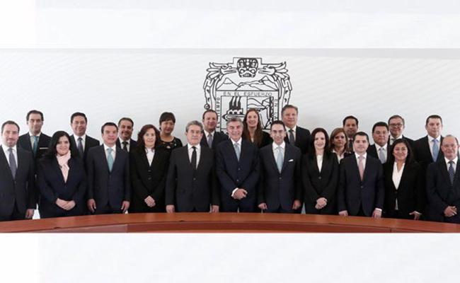 Presentan gabinete del gobierno entrante en Puebla
