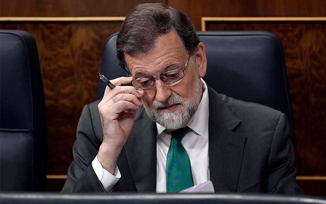 Rajoy enfrenta moción de censura; socialista Sánchez reitera necesidad de sacarlo del gobierno