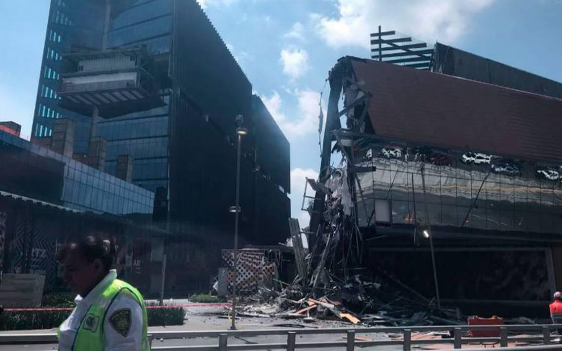 Se desploma una parte del centro comercial Artz Pedregal en la CDMX