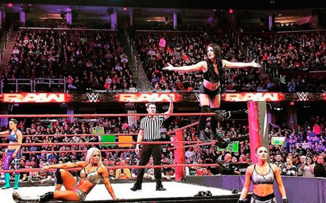 [Video] Paige no volverá a luchar en la WWE tras mortal patada en el cuadrilátero