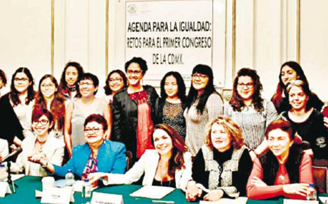 Mujeres dictan agenda al Congreso de la CDMX