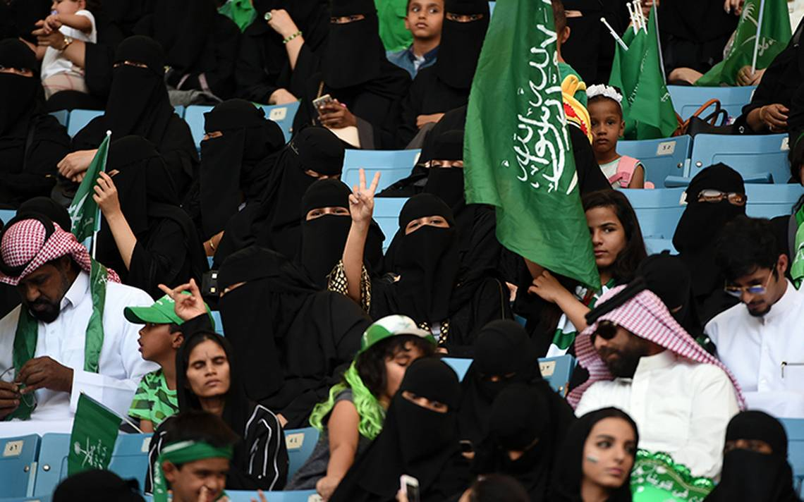 Dan libertades a sauditas en fiesta