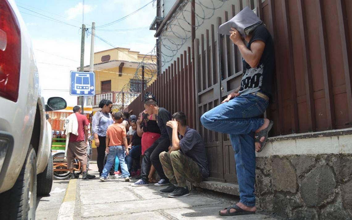 Migrantes huyen de la violencia de sus países y se refugian en Chiapas