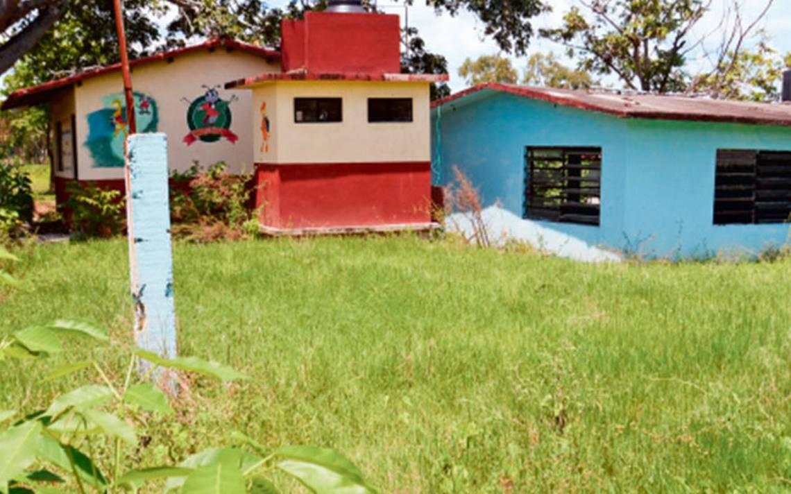 A un año de sismos, siguen dañadas 75 escuelas en Tabasco