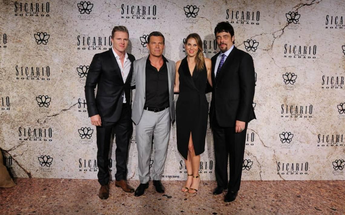 Benicio del Toro y Josh Brolin presentan Sicario en México