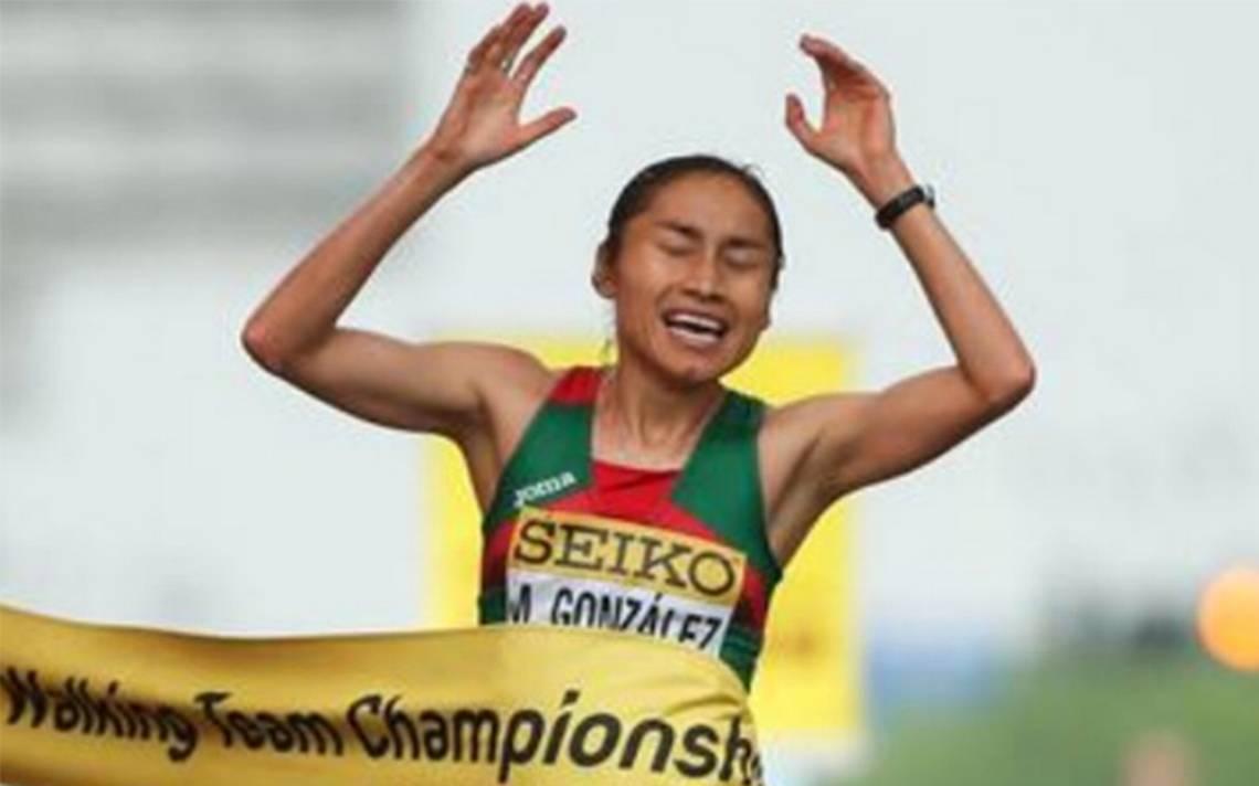 EPN felicita a la marchista Lupita González tras obtener medalla de oro en China