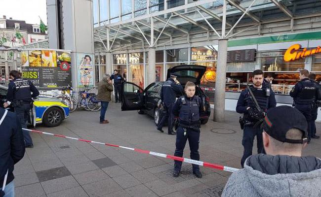Hombre que atropella a peatones es abatido por la policía alemana