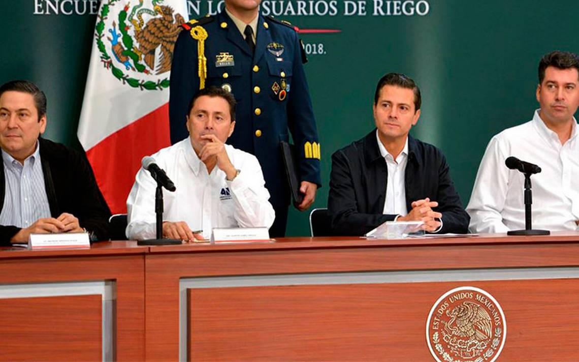 """Hay quienes se """"autoflagelan"""" al decir que México vive una crisis: EPN"""