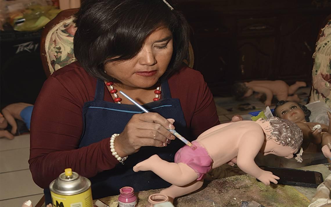 El arte y tradición mexicanos de restaurar niños Dios
