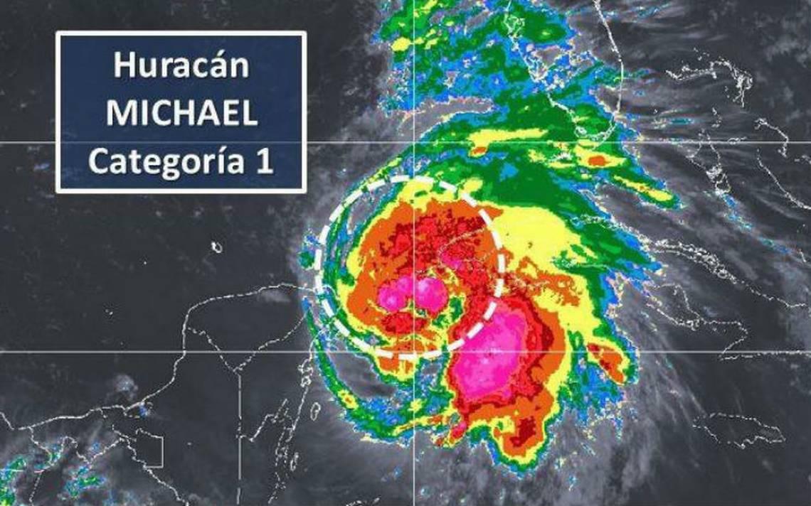 Michael se intensifica a huracán categoría 1 frente a costas de Quintana Roo