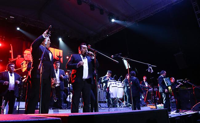 ¡Con baile! los Ángeles Azules cierran festival en Sonora