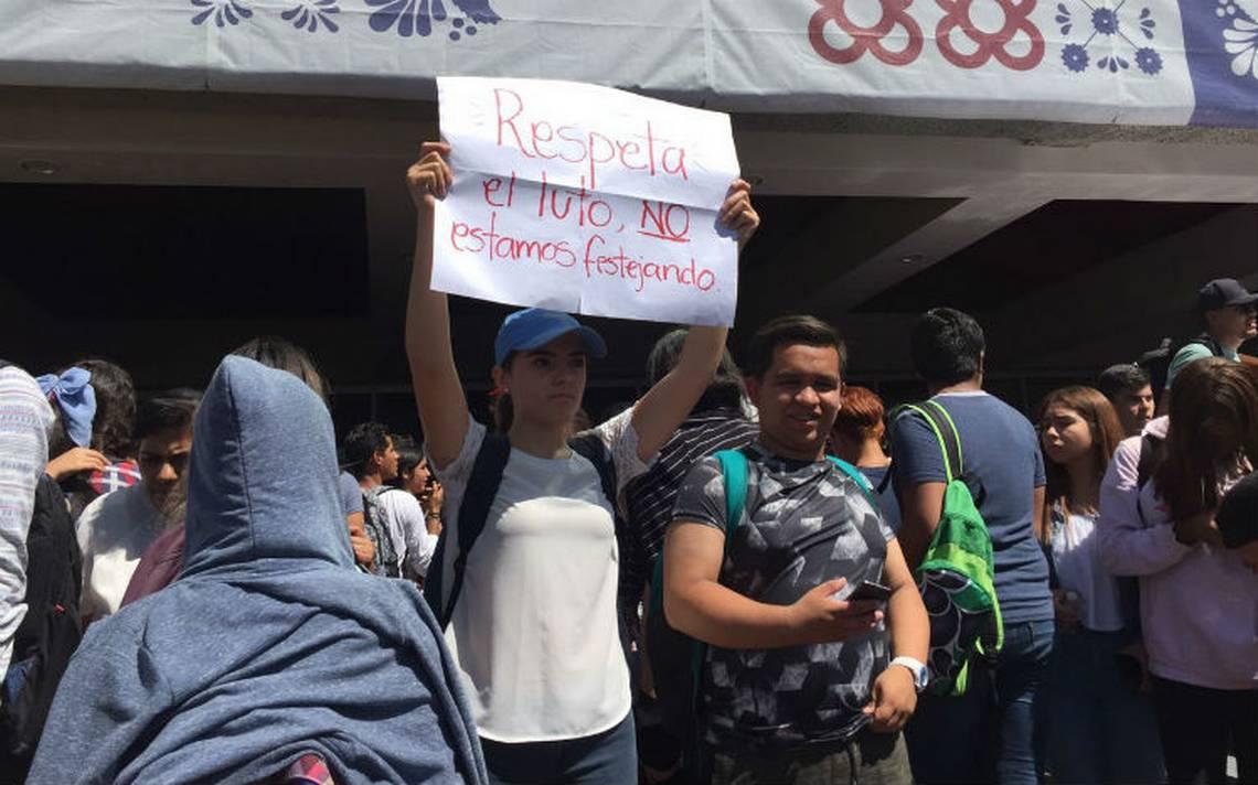 Estudiantes de la U de G exigen paz tras asesinato de su compañera