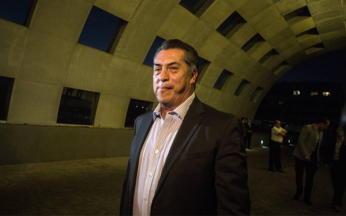 Rechaza El Bronco subir tarifas de transporte; suspende decisión del Consejo transportista
