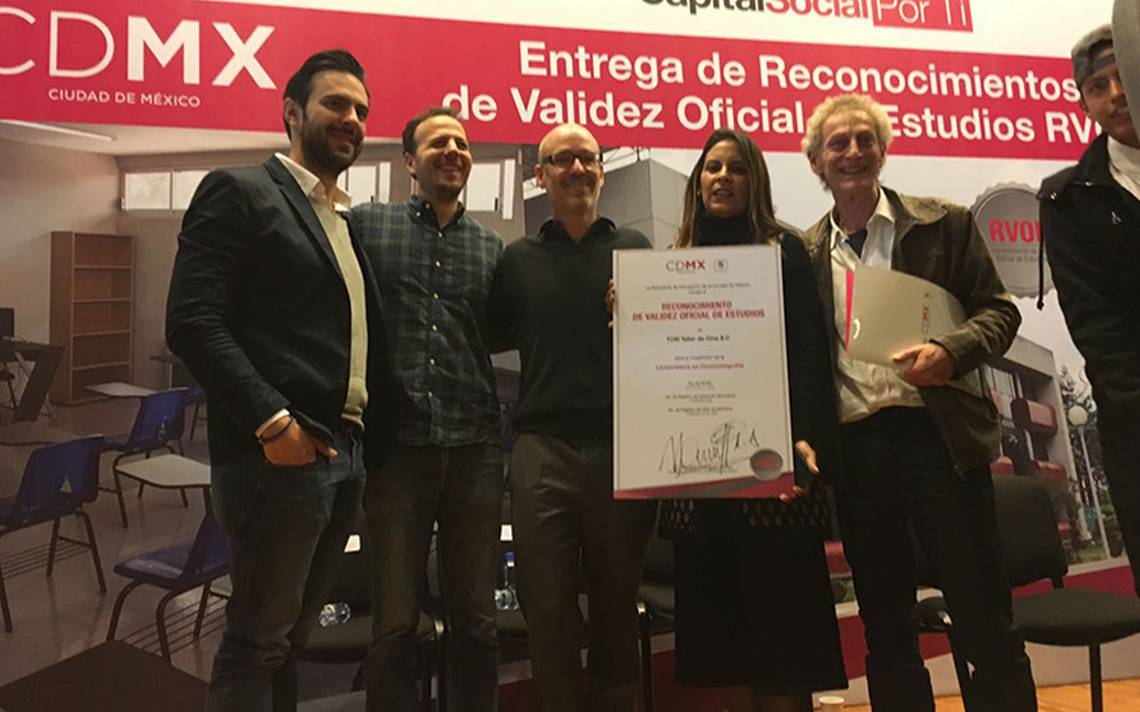 Recibe Escine certificación oficial
