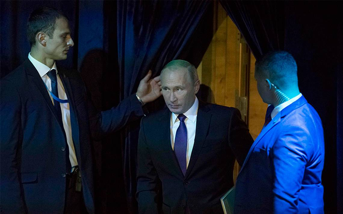 "Califica Vladimir Putin de ""doble moral"" a la Política europea"