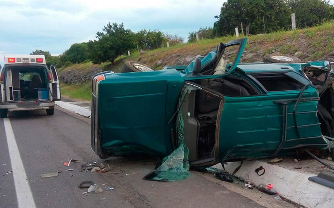 Accidente en la autopista Siglo XXI deja un muerto y 6 heridos