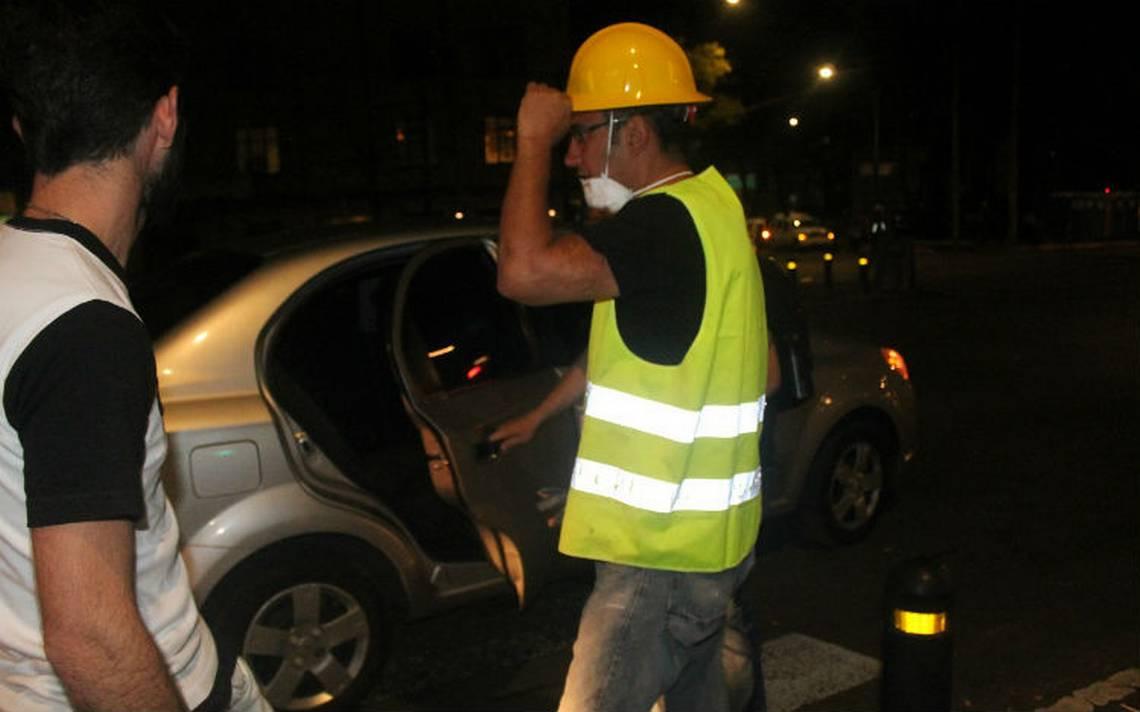Uber da servio gratis a voluntarios, rescatistas y damnificados por sismo