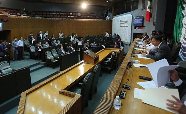 Aprueba Nuevo León reelección de alcaldes