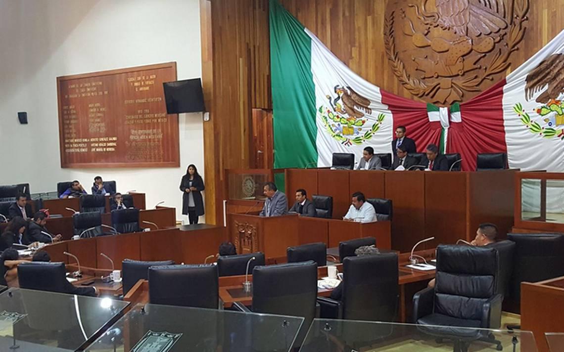 Diputados de Tlaxcala, en el cargo hasta 15 años