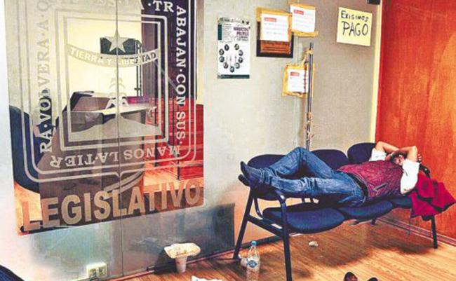 Deudas del Congreso de Morelos paralizan hasta sesiones legislativas