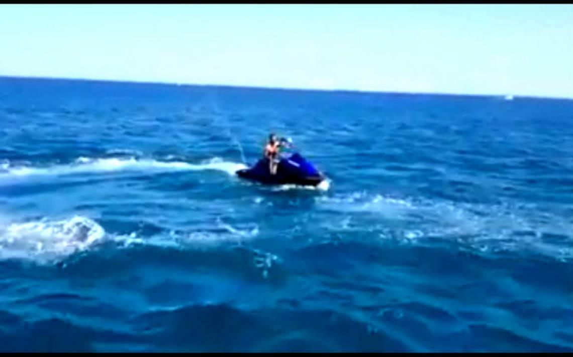 [Video] Explota moto acuática con dos personas a bordo