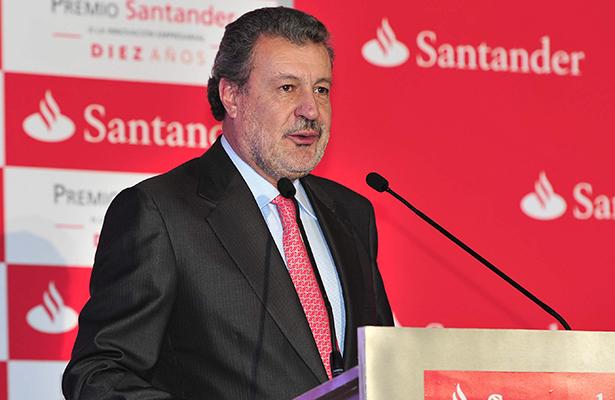 "Premian a Santander México como el banco ""más responsable socialmente"""