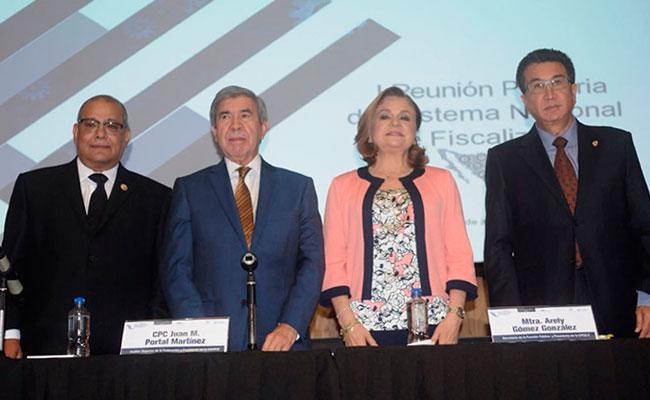 Arely Gómez reitera compromiso de la SFP en el combate a corrupción