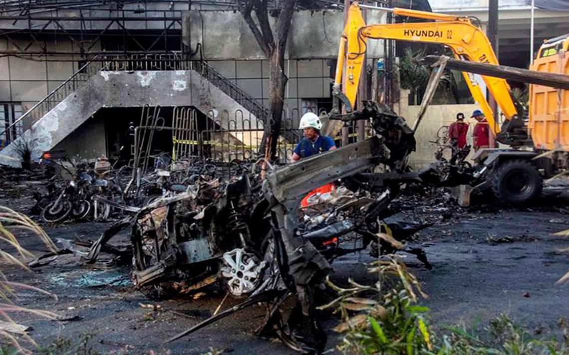Ataque del Estado Islámico en iglesias de Indonesia deja al menos 13 muertos