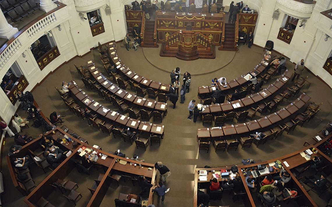 PRD y PAN frenan 30 dictámenes en la Asamblea Legislativa