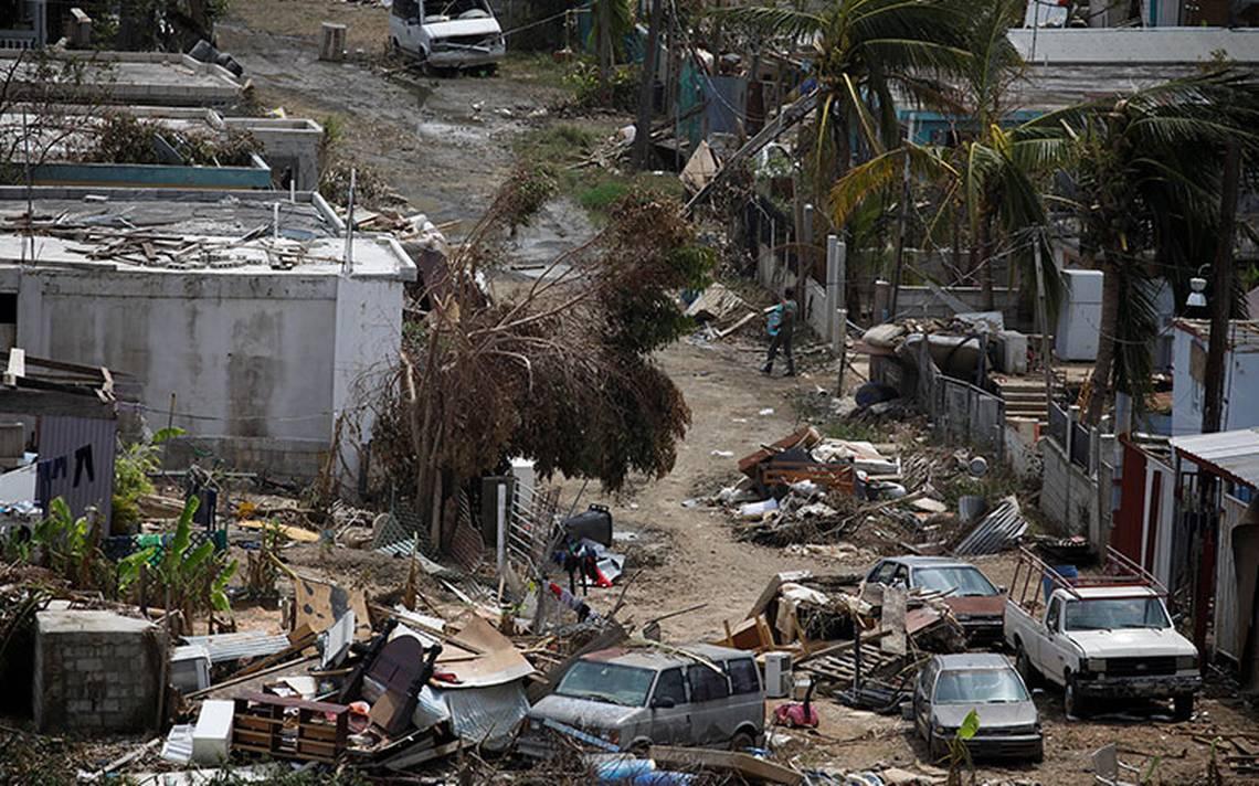 Puerto Rico sigue devastado: sin luz, agua y combustible