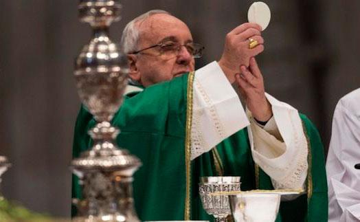 ¡Atención! Vaticano pide calidad en pan y vino utilizados en las misas