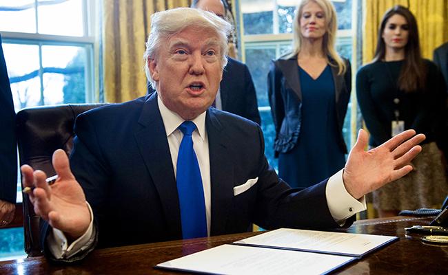 Trump urge al Senado a aprobar a su nominado para Tribunal Supremo