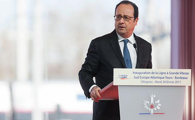 Disparan en pleno discurso del presidente francés Hollande; hay 2 heridos