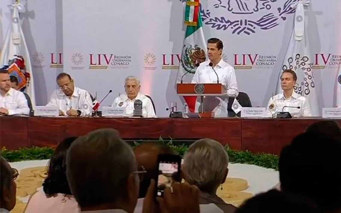 Las instituciones harán valer la ley, afirma Peña Nieto en la reunión de Conago